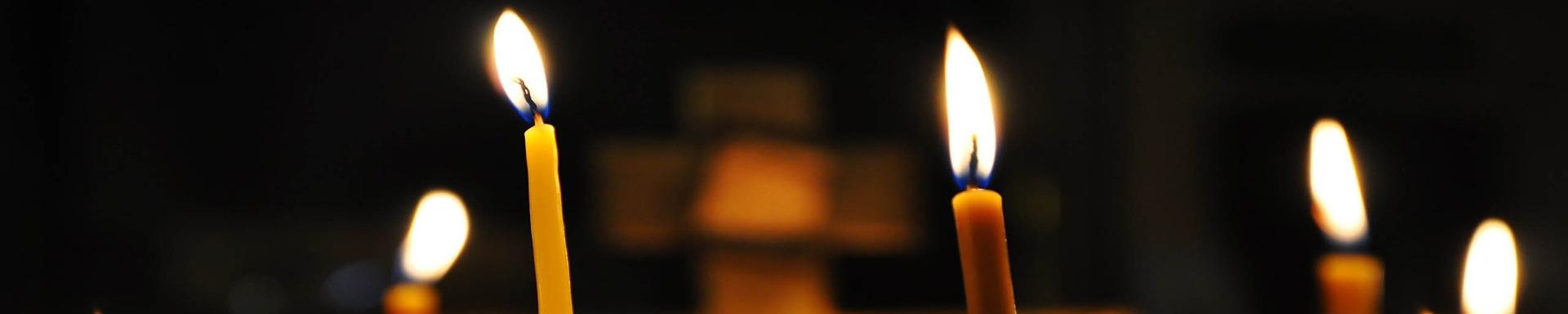 Kirche-Titel-Background-Kirche-Kerzen